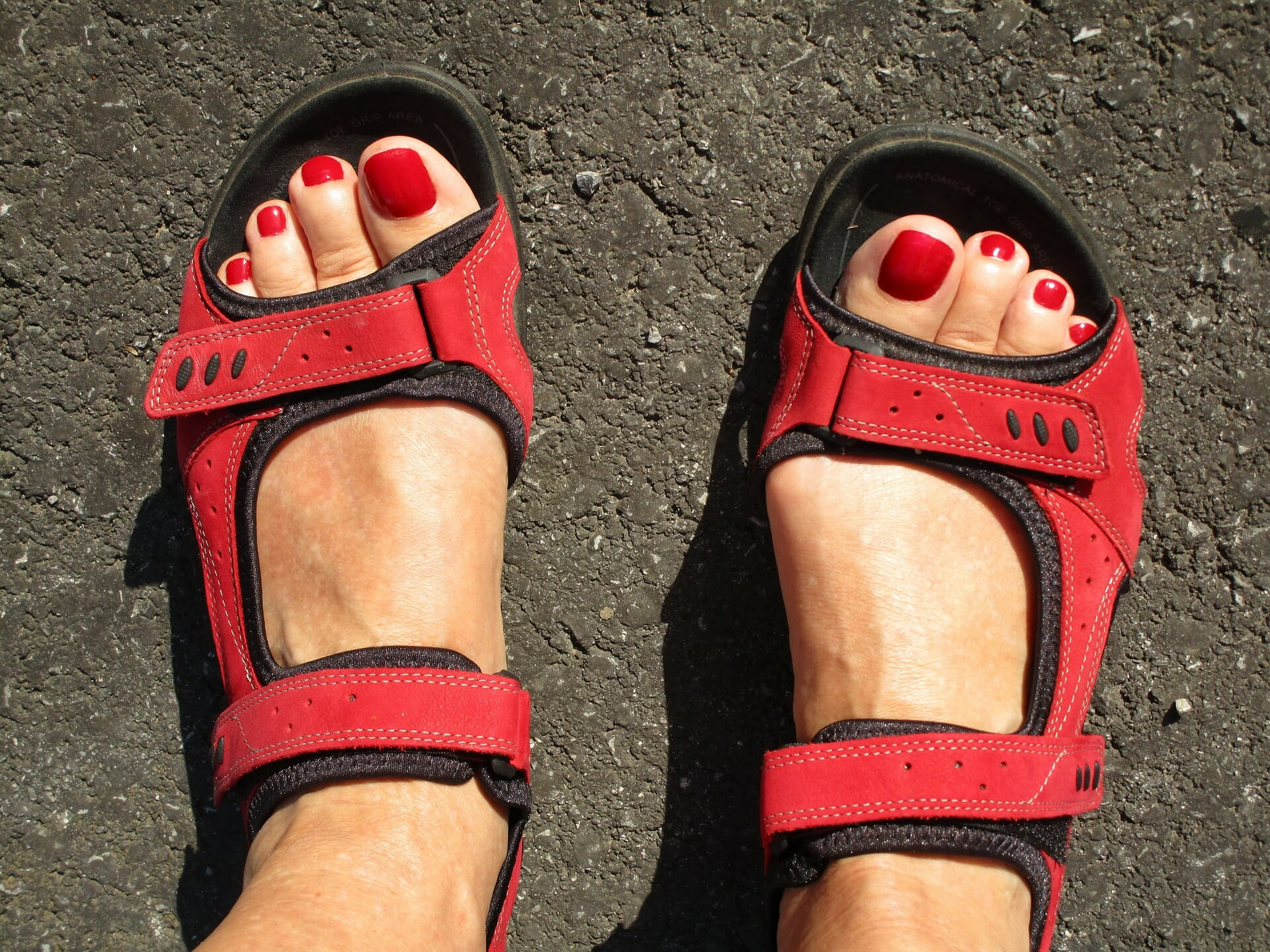 feet 2551966 1920
