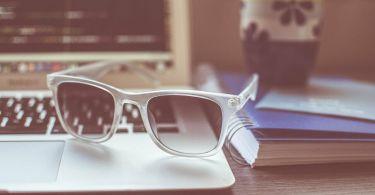 sunglasses 1284392 1280