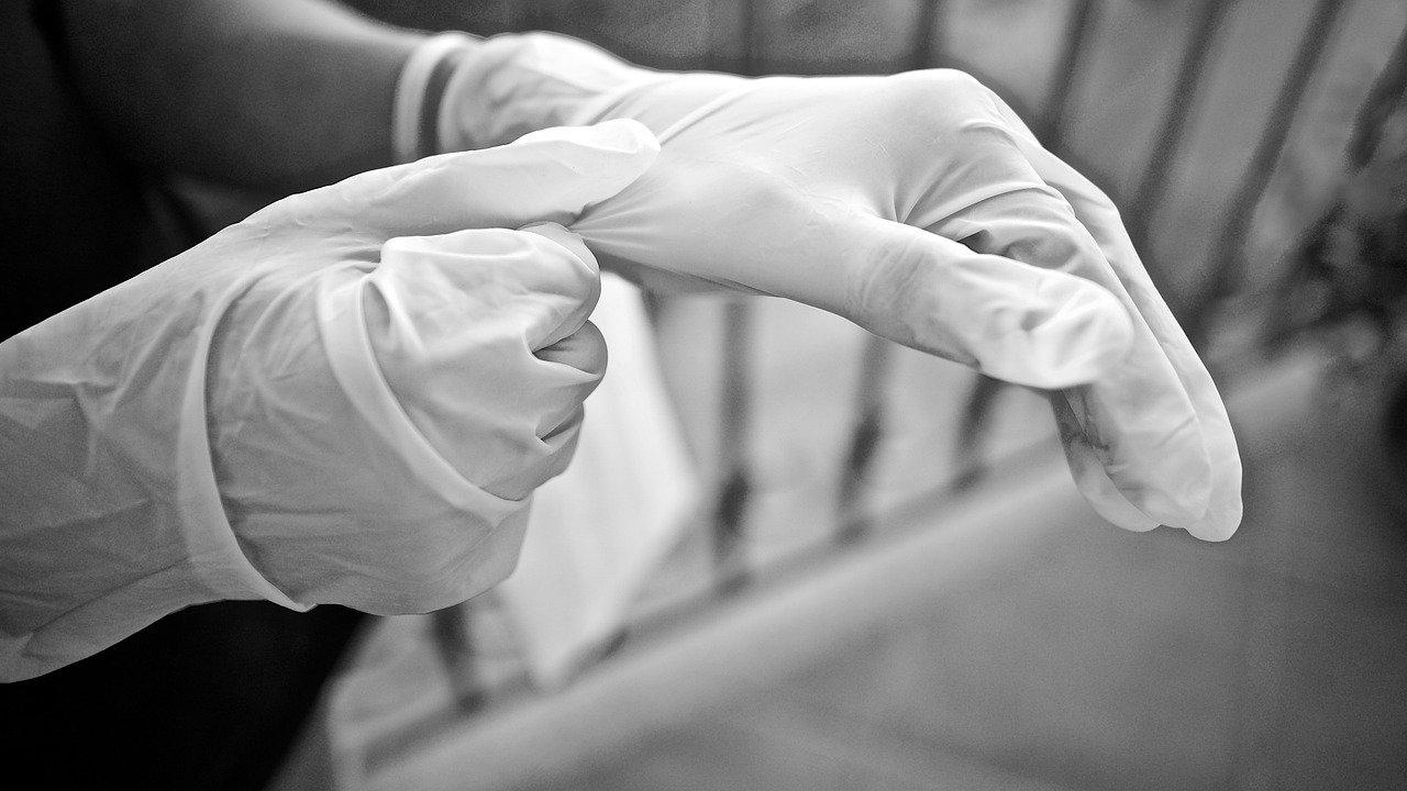 gloves 5155220 1280
