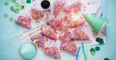 cakes 2600951 1280