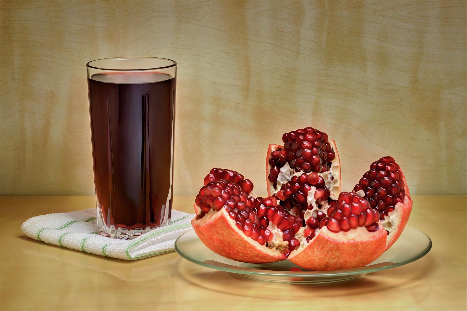 pomegranate 3977500 1920