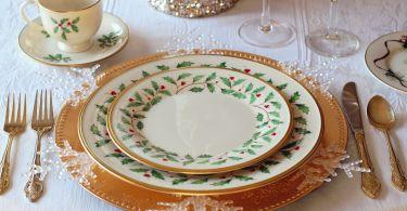 christmas table 1926936 1280