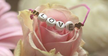 love 3388646 1920
